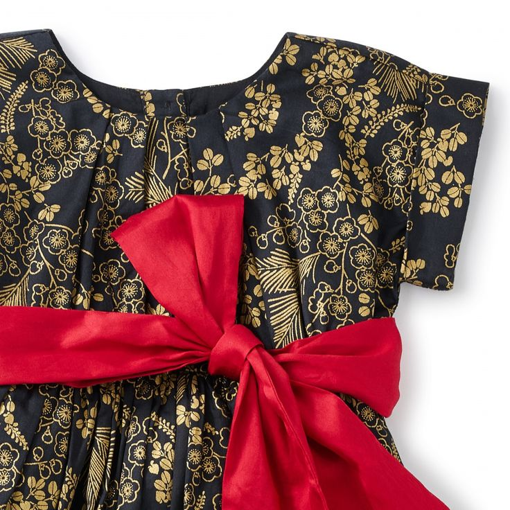 Nagashi Sash Dress   Nagashi means flow in Japanese. The sparkling gold print is inspired by a vintage kimono we found at a flea market in Kyoto.