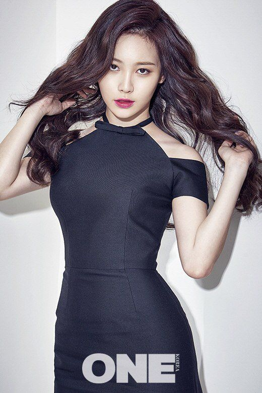 Girl's Day's Yura reveals her desires for acting and picks dream co-stars | allkpop.com