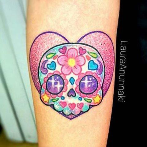 Tatuaje kawaii para halloween: Corazón con calavera mexicana (catrina) | Tattoo heart with exican skull