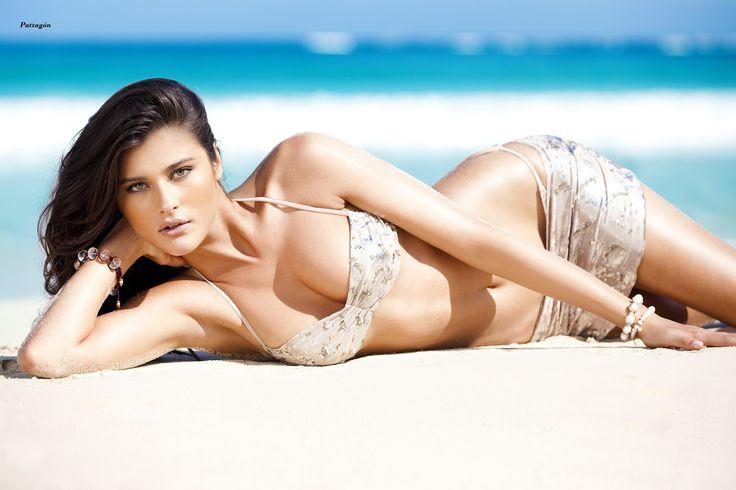 Katerina Ivanovska. Belleza de Macedonia. Katarina Ivanovska ( macedonia : Катарина Ивановска ; Nacido el 18 de agosto de 1988) es una macedonia modelo y actriz . Ella comenzó su carrera como modelo en 2004,