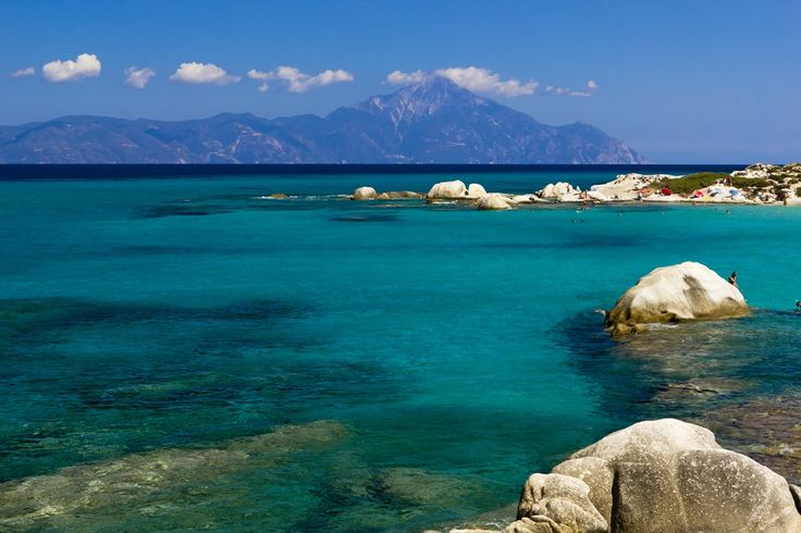 The beaches around Sarti in Sithonia are without a doubt incompatable!