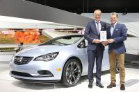 Connected Car Award for Opel's new OnStar Connectivity