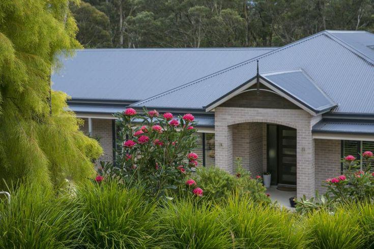 16 Kimberley Drive Bowral 2576 NSW | Di Jones Real Estate