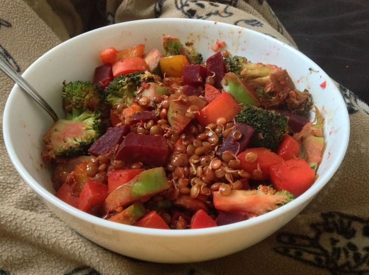 Sprouted lentils with steamed broccoli, beetroot, carrot, yellow capcicum and sweet potato with brown rice