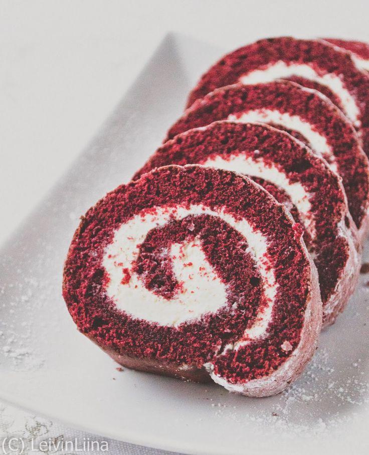 Olen ihastunut Red Velvet -kakkuun. Pinterestissä huomasin, että nettihän on pullollaan erilaisia Red Velvet -leivonnaisia! Tässä Red Velvet...