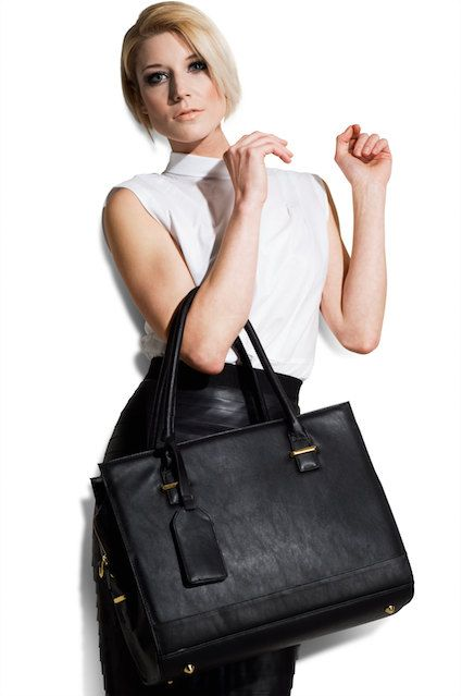 Vegan Leather Womens Laptop Bag New York Black by GRACESHIP