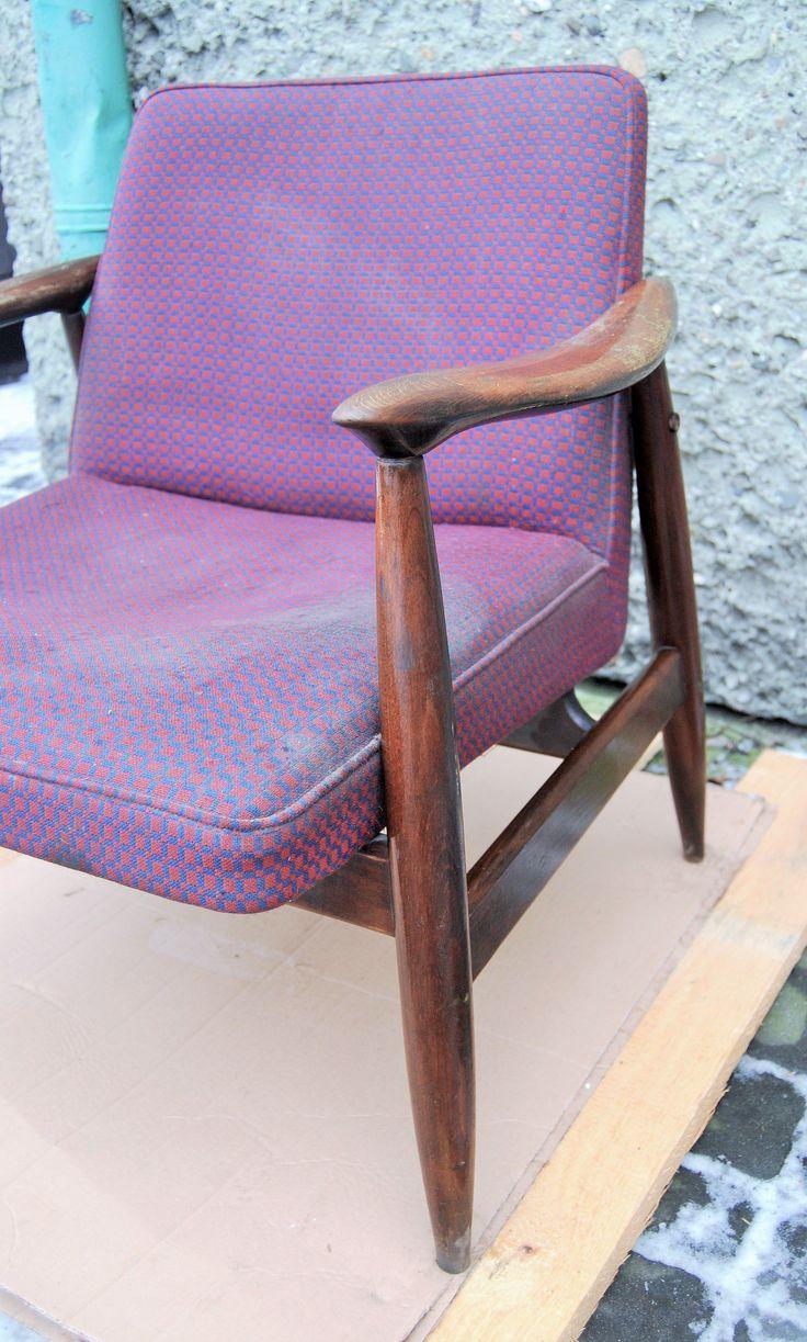 Fotel typ GFM-87 (300-203), prod. Gościcińska Fabryka Mebli, lata 60/70., w stylu proj. Edmunda Homa.
