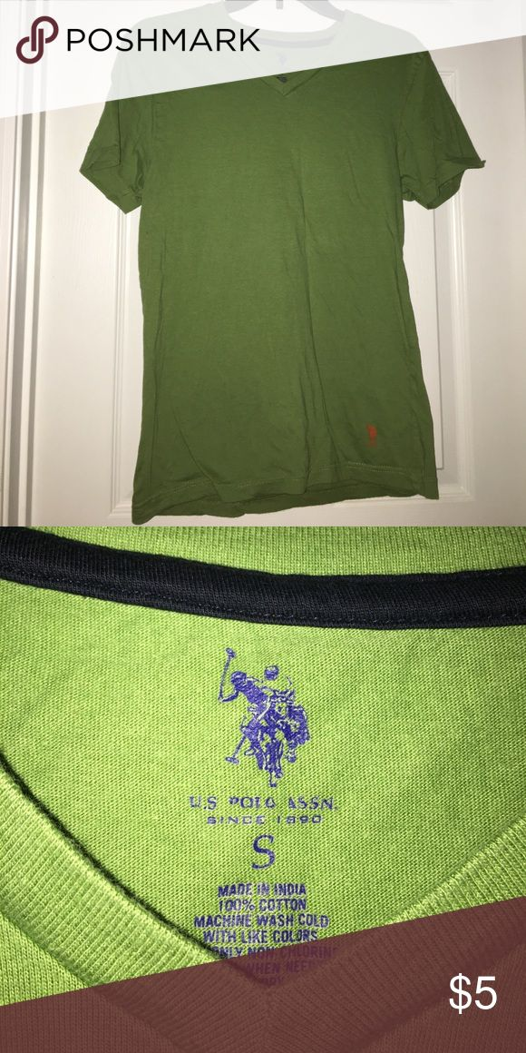 Green polo shirt Plain green t shirt. Soft and in great condition Polo by Ralph Lauren Tops Tees - Short Sleeve
