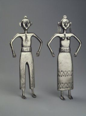 Brooklyn Museum: Decorative Arts: Two Mapuche Figurines, Male and Female