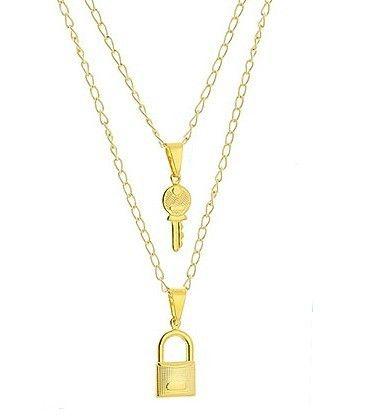 DESCRIÇÃO:Gargantilha dupla folheada a ouro contendo pingente em forma de cadeado e pingente em forma de chave.GARANTIA:1 ano após a data da compraPRAZO DE LIBERAÇÃO:Até 48 horas (somente dias úteis)DIMENSÕES APROXIMADAS:-dimensões do pingente chave: 2,1 cm x 0,6 cm-dimensões do pingente cadeado: 2,2 cm x 0,8 cm-comprimento da corrente (sem extensor): 37 cm-comprimento da corrente (com extensor): 46 cm (pç)R$ 32,80 folheados.com/dmbm