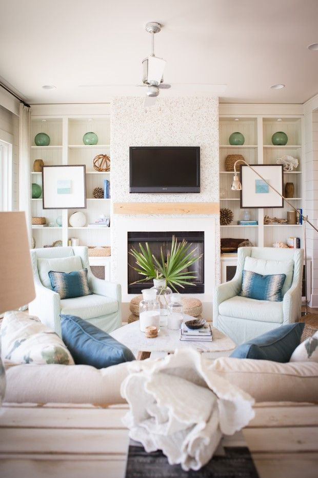 Beachy living room via House of Turquoise