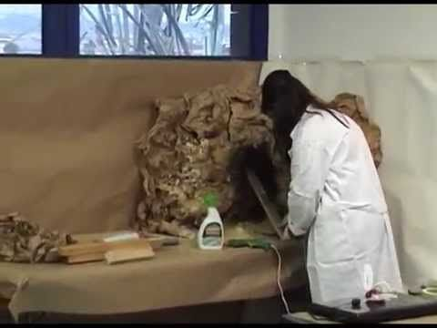 COMO PINTAR UNA GRUTA DE POLIURETANO 2ª PARTE - HOW TO PAINT A GROTTO MADE OF POLYURETHANE FOAM - YouTube