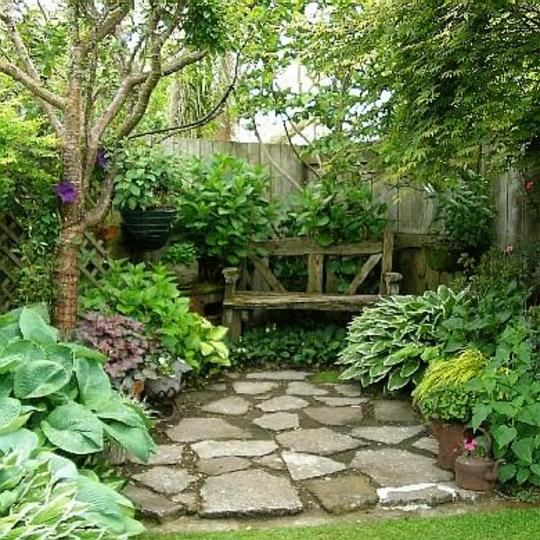 Small private gardens mary s place is a lovely small for Landscaping rocks new plymouth
