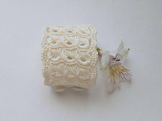 Crochet bracelet for women Lovely summer accessory Bracelet in
