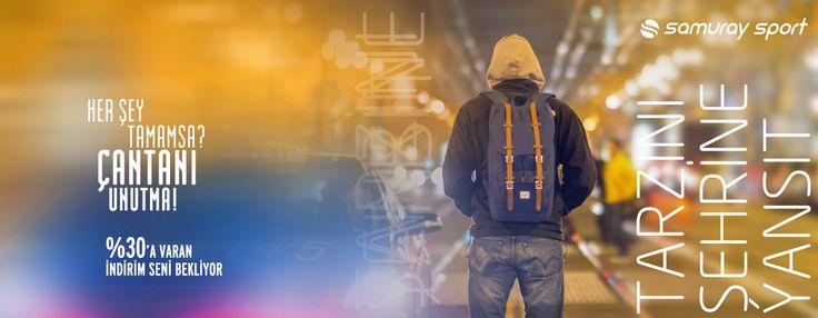 Dünyanın en büyük ekipman üreticilerinden Wilson  çantalar %30'a varan indirimlerle Samuraysport'ta ->>>http://bit.ly/1ThmLtD  Wilson Çantalar, Ayarlanabilir askıları yanı sıra rahat, kişiselleştirilmiş uyum için yastıklı omuz askıları, Özel hafif ve yumuşak kumaş tasarımı ile kullanım kolaylığı sağlayan dayanıklı yapısı ile günlük faaliyetler yanında okul,spor mücadeleleri,hafif outdoor koşulları için de idealdir.