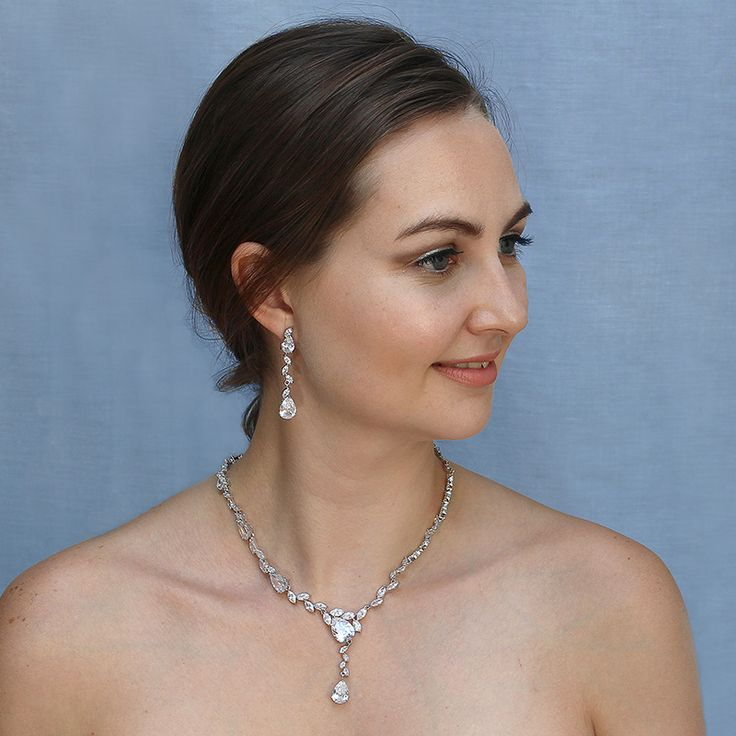 Fabulous asymetrical cubic zirconia necklace and earrings set - Alessandra