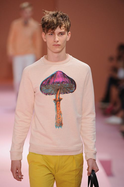 Love this cute psychedelic mushroom  print from @Paul Smiths spring/summer 2014 menswear collection
