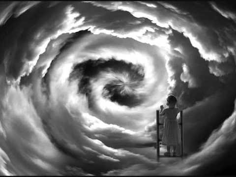 Certains disent que l'amour est une rivière, Qui noie le tendre roseau Certains disent que l'amour est un rasoir, Qui fait saigner vos âmes Certains disent q... THE ROSE  JOPLIN JANIS by Bette Midler