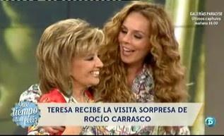 Rocío Carrasco y Mª Teresa Campos se reencuentran en televisión con la celebración de los 300 programas de QTTF http://www.telecinco.es/quetiempotanfeliz/Rocio-Carrasco-Teresa-Campos-reencuntran_2_1594980068.html