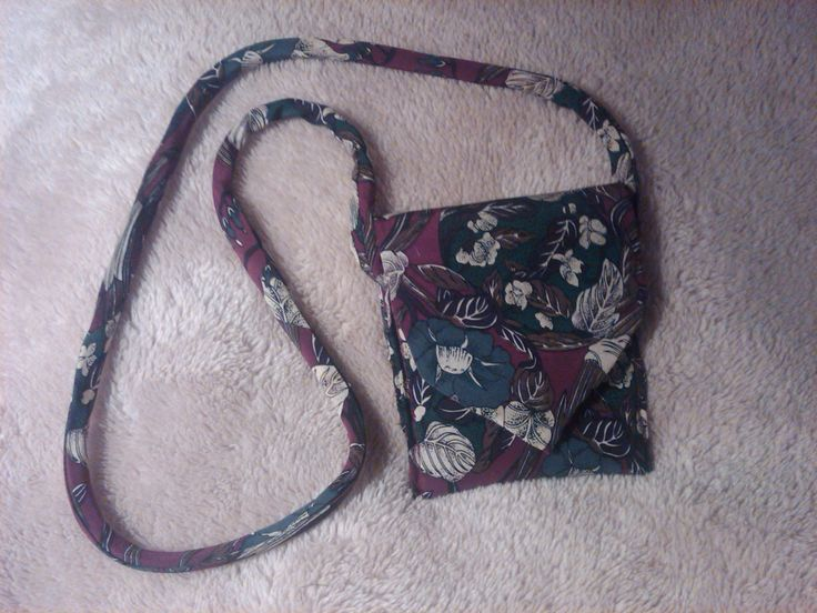 neck tie purse... tons of patterns for these!