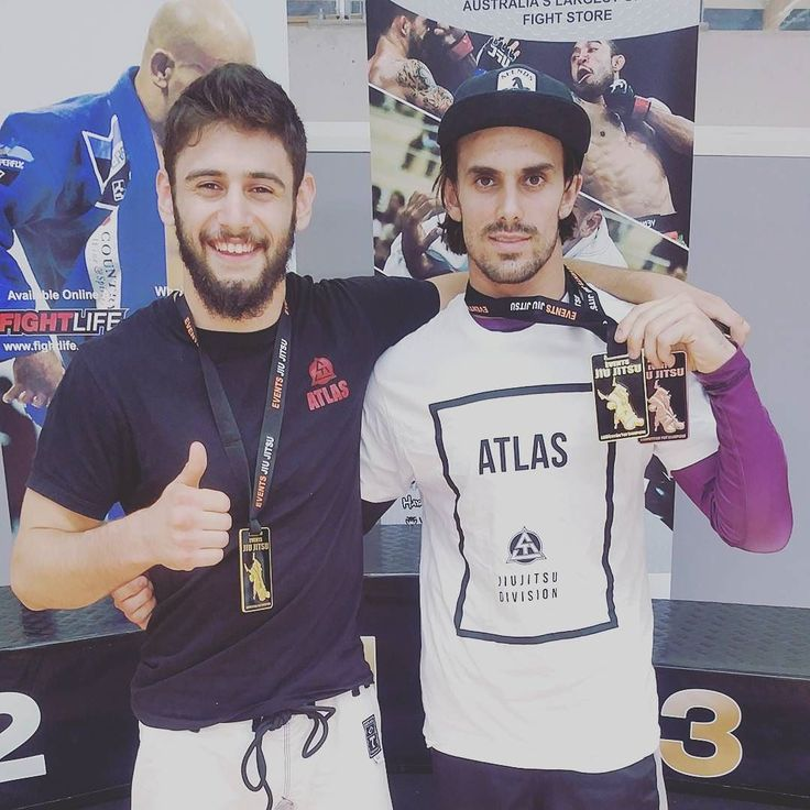 Another day competing with ups and downs. But we are always learning. 3rd place GI 1st place NoGi. It was awesome to meet and have a roll with this legend. A special thanks to my girlfriend @kar_marie & my sponsors @theatlasbrand @nutritionwarehouse @fingatepu  special thanks to Professor Fred and his team for helping me. Gracie Barra is a great family! #bjj #brazilianjiujitsu #graciebarra #gb72 #jiujitsu #atlasfightwear #nwarmy #nutritionwarehouse #fingatepu #beejayjaydojo by davidwillisbjj