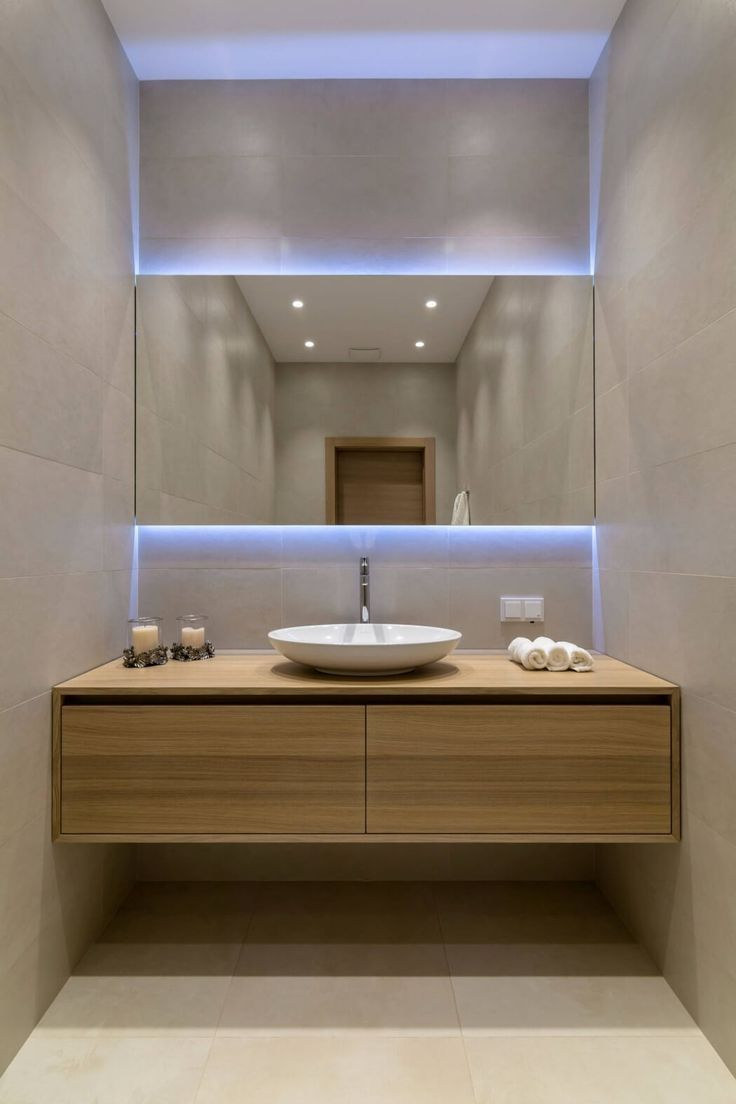 Impress Your Visitors With These 14 Cute Half Bathroom Designs With Images Modern Contemporary Bathrooms Contemporary Bathroom Designs Luxury Bathroom Master Baths