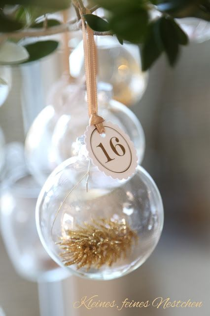 75 Ways to Fill Clear Glass Ornaments {Homemade Christmas Ornaments} | Refunk My JunkRefunk My Junk