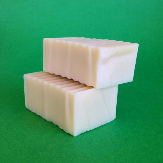 Natural shampoo bar,non-allergic. Revitalizing shampoo bar. Daily use, cold process.Castor oil  hair soap 100 - 110 gr