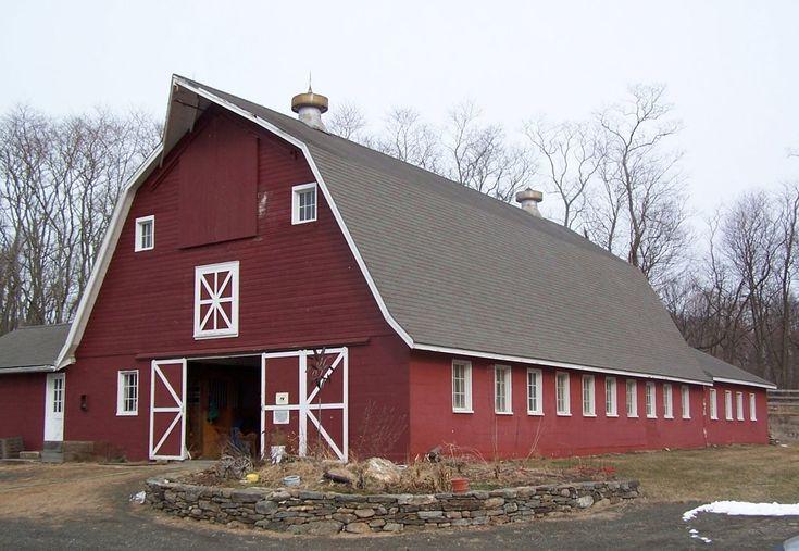 Gambrel roof barn connecticut barns barns mills for Hip roof barn homes plans