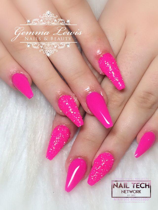 Hot Pink Fuschia Nails Nailstyle Fancy Nails Designs Nails Pink Nails