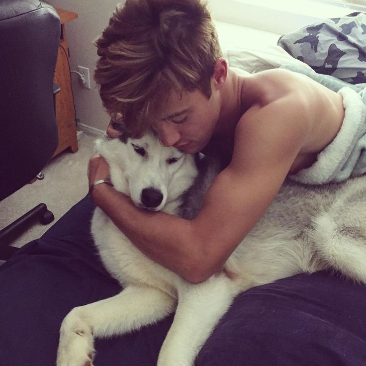 Cameron Dallas with his dog is love