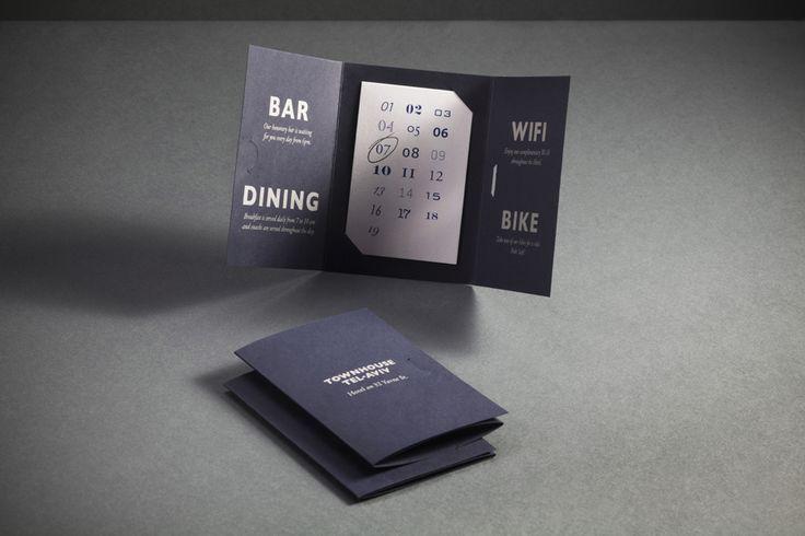 텔 아비브 호텔 타운 하우스에 대한 Koniak에 의해 디자인 블루 카드 세부 룸 예약 및 책자