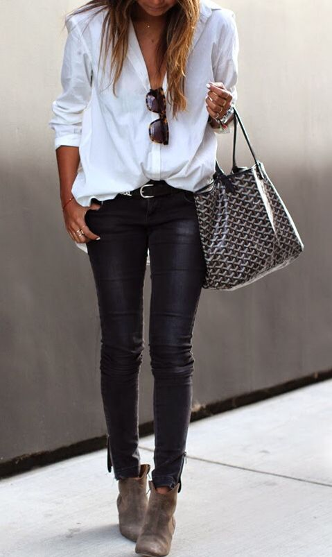Simple blouse and skinny jeans