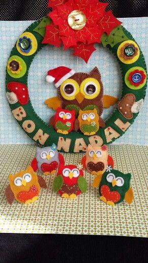 Navidad es la ocasión para regalar un detalle que no se olvide. Broches de fieltro hechos con mimo y dedicación.  Bon Nadal!!! (En Catalán) de Tachis by Karla Marenco 2013.