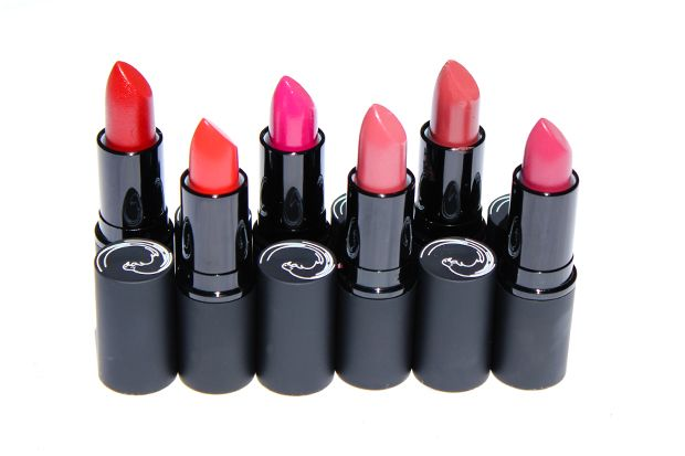 REVIEW: Antipodes Mineral Lipsticks-themaquillage.com.au