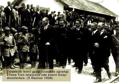 Atatürk ve askerler (Tuzla 1928)