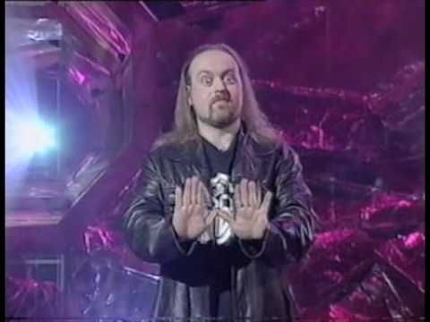 ▶ Bill Bailey - Scottish people are from the future - YouTube