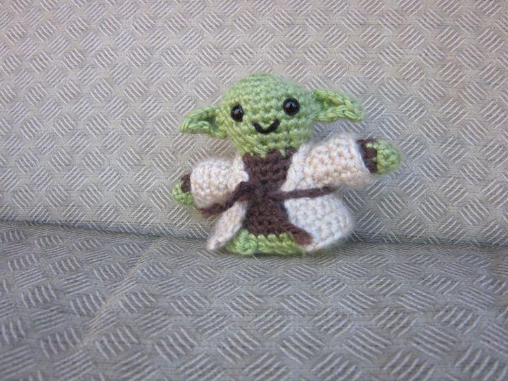 Jedi Master Yoda Amigurumi Pattern : 87 best images about amigurumi dolls on Pinterest ...