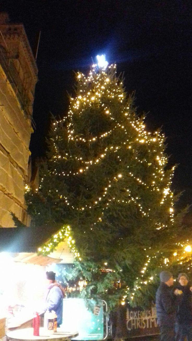 Christmas tree on Broad Street Oxford Dec 2017