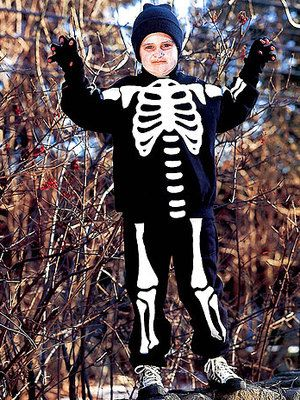 DIY Skeleton Costume via @Country Living Magazine: For Kids, Skeletons Costumes, Halloween Crafts, Kids Halloween Costumes, Crafts Projects, Kids Costumes, Costumes Ideas, Homemade Halloween Costumes, Halloweencostum