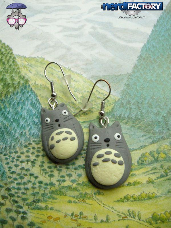 Totoro earrings, hand-made! http://www.thenfactory.com/prodotto/totorini-orecchini/