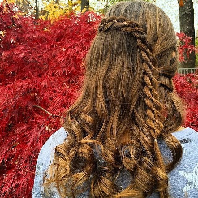 Four strand lace braid