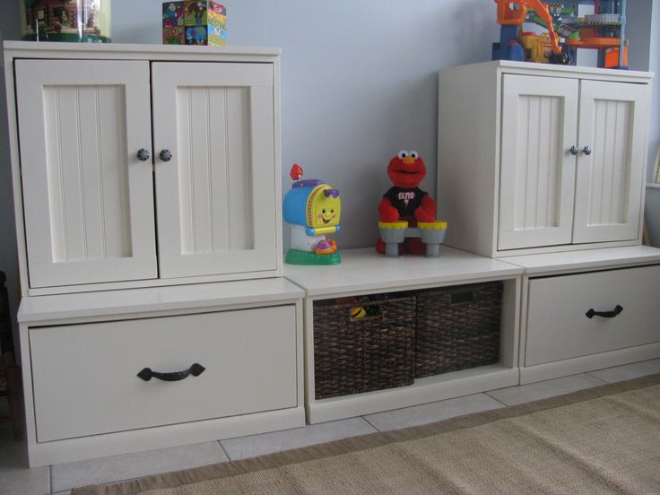 This creative and handy mommy blogger built this toy storage system all by herself!  From Pottery Barn inspiration ($950)- to her take ($250)!