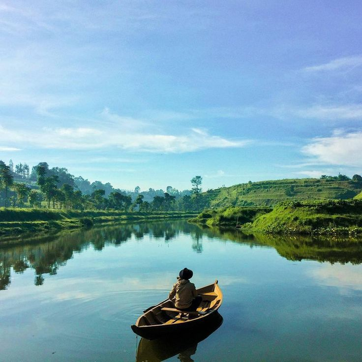 Lembah Dewata   Photo by: Hendrik Samsuri   IG: @hens4m  #beautifulindonesia #lembang #tourtheplanet #westjava #amazingplace