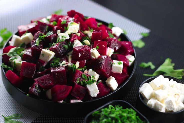 Healthy Beetroot and Feta Salad - This salad has the perfect balance of sweet and salty from the beetroot and feta cheese - SO good! Super healthy and tastes even better! | ScrambledChefs.com #BeetSaladWithGarlic