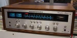 Vintage Marantz 2245 Stereo Receiver avec Coffret en bois WC-22 Photo