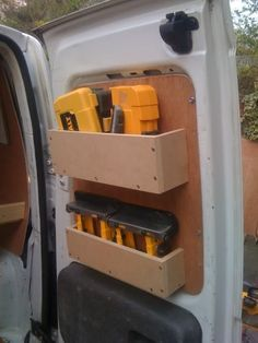 Transportereinrichtung on Pinterest | Ford Transit, Van Shelving ...