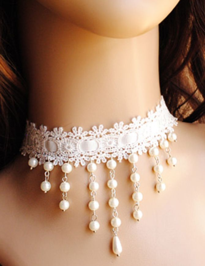 White Lace Pearl Ribbon Short Necklace