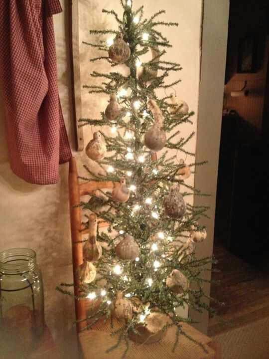 161 Best Primitive Christmas Tree Ideas Images On Pinterest  - Primitive Christmas Tree Ideas