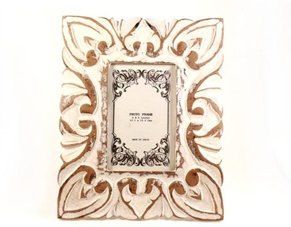 Flashback, a handmade, hand-painted wooden photo frame from India available in Norway and Sweden at Gauri Arts
